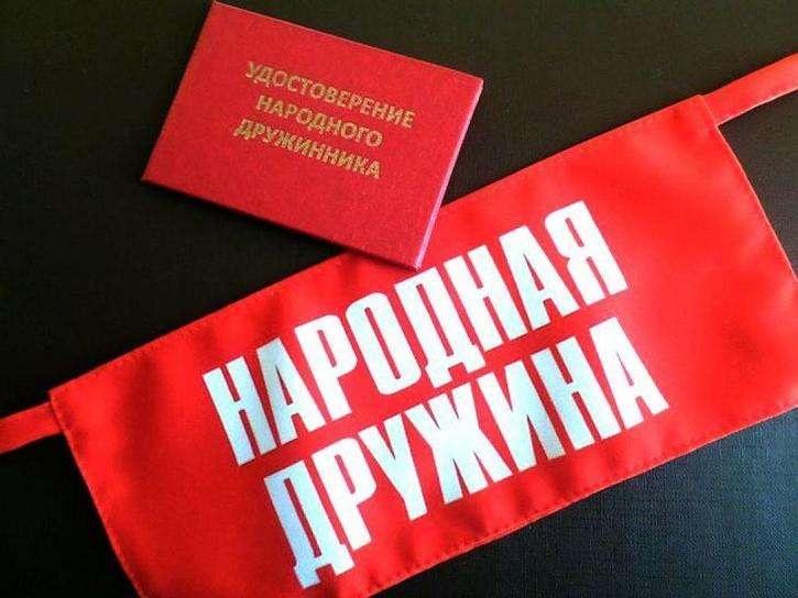 Полицейские Октябрьского района информируют граждан о Добровольной народной дружине «Охотник»