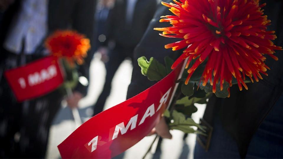 Алексей Текслер поздравил южноуральцев с Праздником Весны и Труда