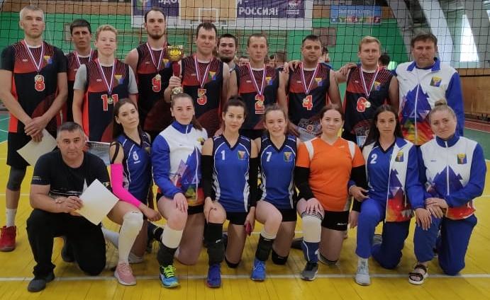 Волейболистки вошли в десятку лучших команд