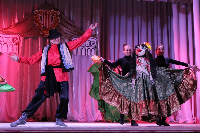Наш театр кукол удостоен высокой награды областного фестиваля