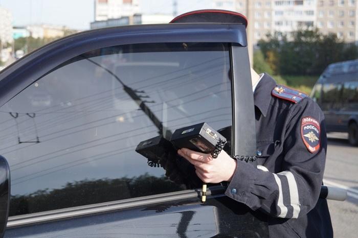 Наказаны водители «затонированных» автомобилей