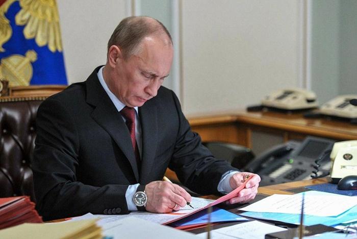 Президент подписал закон, упростивший процедуру регистрации линейных объектов